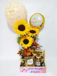 Detalle en girasoles Producto_desayunossorpresas.com