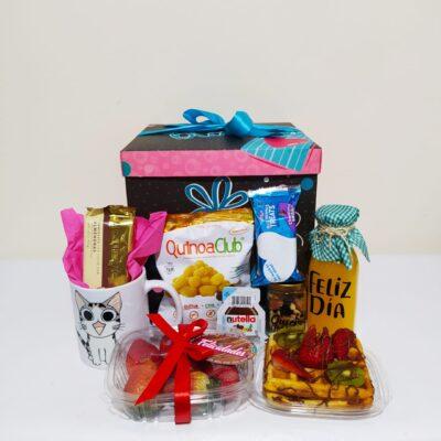 """Desayuno """"Caja para sorprender"""" Galeria de imagen de producto_de foto_ desayunossorpresas.com"""
