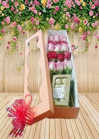 Arreglo Floral Caja Con Chocolates