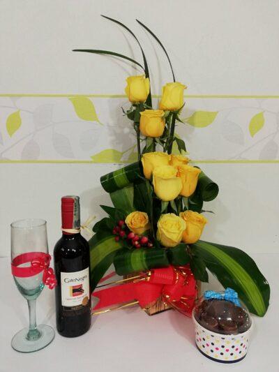 Arreglo Floral Con Chocomelos, Desayunos Sorpresas.com, Seccion 1