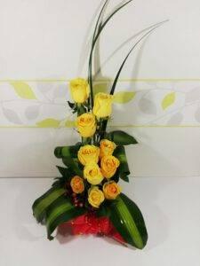 Arreglo Floral Con Chocomelos, Desayunos Sorpresas.com, Seccion 3
