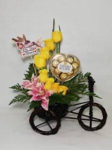 galeria de arreglo floral bicicleta con flores. desayunossorpresas.com