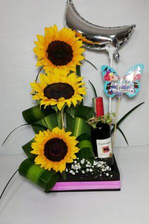 Detalle express girasoles y vino gato negro- desayunos sorpresas-desayunossorpresas.com