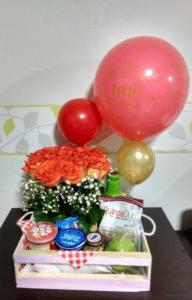 imagen producto desayuno con rosas desaynossorpresas.com